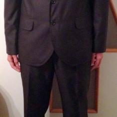 Costum barbatesc SENTIERRI CA NOU, 70% lana, marimea 54 - Costum barbati, Culoare: Negru, 2 nasturi, Normal