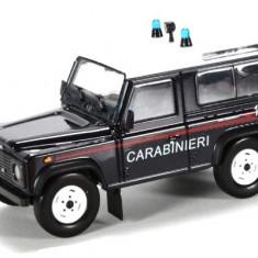 3545.Macheta Land Rover Defender 90 - 1995 scara 1:43 - Macheta auto