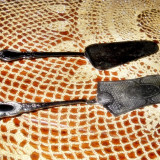 Cutit - feliator - lingura - spatula pentru tort - model foarte vechi - SET 2 BUCATI
