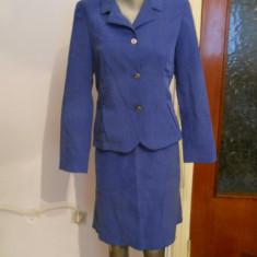 Costum dama albastru -marimea 36/38