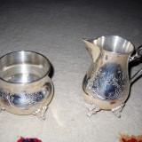 Set 2 recipiente placate cu argint - sunt foarte solide - pentru sos sau lapte - model deosebit