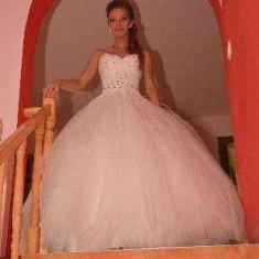 Rochie de mireasa printesa Nanette