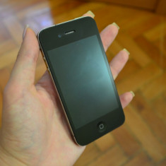 Vand iPhone 4 Apple, 16GB, Black, Neverlocked, Negru, Neblocat