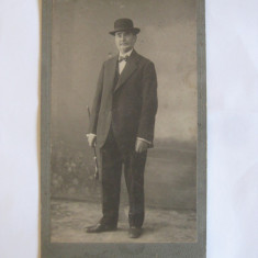 REDUCERE 20 LEI! FOTOGRAFIE PE CARTON NEW-YORK O.WEISS BUCURESCI 1913, Portrete, Romania 1900 - 1950
