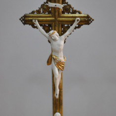CRUCE DE LEMN CU ISUS SI MARIA