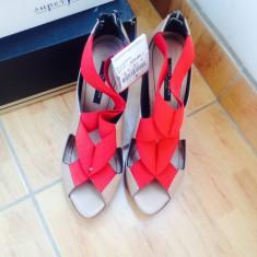 Sandale din piele Zara, marimea 39 - Sandale dama Zara, Culoare: Bej