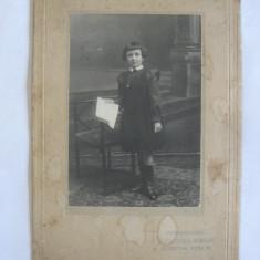 REDUCERE 20 LEI! FOTOGRAFIE PE CARTON ANII 1910, Portrete, Romania 1900 - 1950