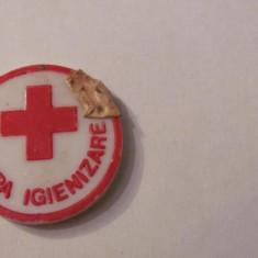 PVM - Insigna crucea rosie