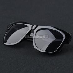 Ochelari soare model deosebit Retro Wayfarer negru plastic - Ochelari stil wayfarer, Unisex