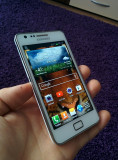 Vand Samsung Galaxy S 2  16 GB  Impecabil, Alb, Neblocat, Smartphone