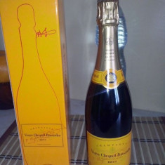 Sampanie Veuve Clicquot Veuve Clicqout Ponsardin Brut 700 ml la cutie impecabila !