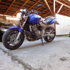 Vand Honda Hornet 2006, 10000kmri, nerulat ro, stare impecabila atat estetic, cat si mecanic. - Motocicleta Honda