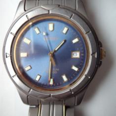 Vand ceas barbatesc marca citizen, titanium