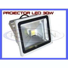 PROIECTOR REFLECTOR LED 30W ECHIVALENT 300W, 2700 LUMENI, IP65, 220V, ALB RECE