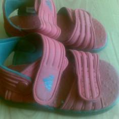 Sandale ADIDAS marimea 26, arata impecabil! - Sandale copii Adidas, Culoare: Rosu, Unisex, Rosu