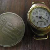 Ceas vechi 15 Rubine cadran auriu functioneaza perfect