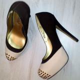 Pantofi ShoeDazzle roz nude - maro / tinte / marimea 36