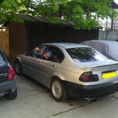 Dezmembrez BMW seria 3 E46 - Dezmembrari BMW