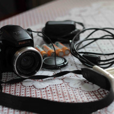 Fujifilm FinePix S5700, negociabil - Aparat Foto compact Fujifilm, Compact, 8 Mpx, 10x, 2.5 inch
