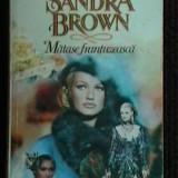 SANDRA BROWN - MATASE FRANTUZEASCA - Carte de aventura