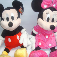 Mickey Mouse si Minie din plus DIN CLUB HOUSE MICKEY muzicali set de 2 bucati - Jucarii plus