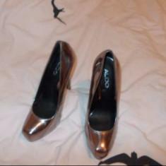 PANTOFI PIELE NOI ALDO NR 37 - Pantof dama Aldo, Culoare: Argintiu, Auriu, Cu toc