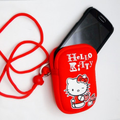 Husa neopren HELLO KITTY, husa universala pentru telefon, aparat foto, portofel - Husa Telefon, Rosu, Cu snur, Saculet