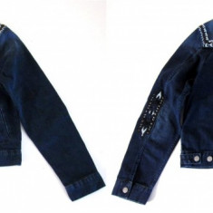 Jacheta jeans, cu motive aztece Isabel Marant for HM editie limitata