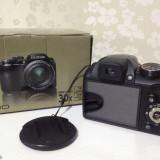 Aparat foto Fujifilm S4000, zoom optic 30x