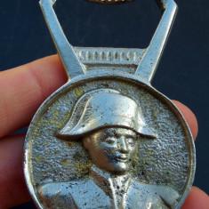 Desfacator de sticle de bere, souvenir din Paris, Napoleon Bonaparte, nichelat!
