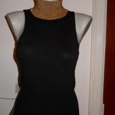 Bluza neagra tricotata cu guler auriu SISLEY -marimea S - Helanca dama, Marime: S