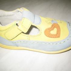 Pantofi fetite WINK;cod GSL360-4(galben cu albastru)-3(pistacia);-2(fucshia) - Sandale copii Wink, Marime: 20, 21, 24, 25, 26, Culoare: Fuchsia, Fete