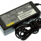 Alimentator incarcator laptop Fujitsu Lifebook E-6595, CP268386-01, 16V 3.75A, Incarcator standard, Fujitsu Siemens