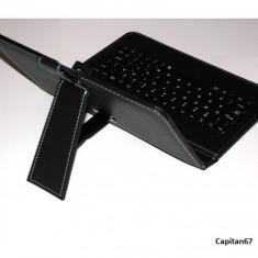 Husa universala cu tastatura pe USB ptr tablete de 8 inch - Husa tableta cu tastatura