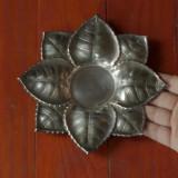 Suport lumanare din metal / centru de masa cu motiv floral / frunza ! - Metal/Fonta