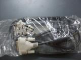 cablu VGA si DVI