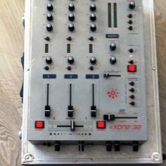 Mixer dj ALLEN & HEATH XONE32 - Mixere DJ allen&heath