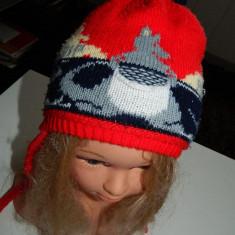 Caciulita caciula de iarna pentru copii, unisex, marimea 1-2 ani, groasa cu urechi si snur - Caciula Copii, Culoare: Multicolor, Multicolor