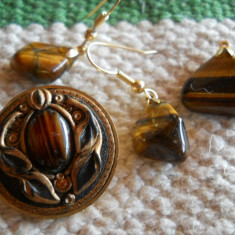 Splendid si Vechi Set Bijuterii cu Ochi de Tigru Brosa Cercei si Medalion