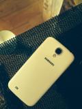 Tel este sh in stare foarte buna, 16GB, Alb, Neblocat, Samsung