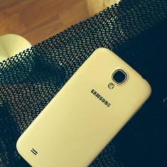 Tel este sh in stare foarte buna - Telefon mobil Samsung Galaxy S4, Alb, 16GB, Neblocat, >2000 MHz