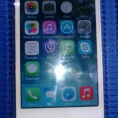 Stare foarte buna 9 din 10, merge in orice retea - iPhone 4 Apple, Alb, 16GB, Neblocat