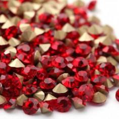 Diamante din crystale de sticla la 100 bucati, cristale Rosii 3D de 2, 2mm stras - Model unghii