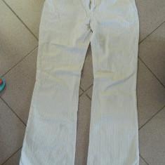 Pantaloni de dama, material raiat, marimea XS, marca Terranova, LICHIDARE DE STOC! - Pantaloni dama, Culoare: Alb, Lungi