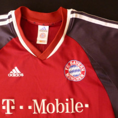 Tricou Adidas FC Bayern Munchen Authentic Licensed Product; marime L; impecabil