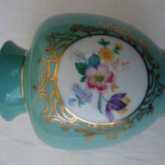 Superba vaza din portelan PM, anii 1950, Vaze