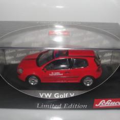Macheta VW Golf 5 Feuerwehr LINZ Schuco 1/43
