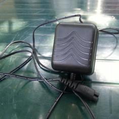 AC adaptor/incarcator 2, 6V - 800mA