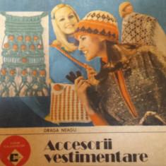 ACCESORII VESTIMENTARE - Draga Neagu - Carte design vestimentar