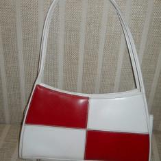 geanta dama alb cu rosu